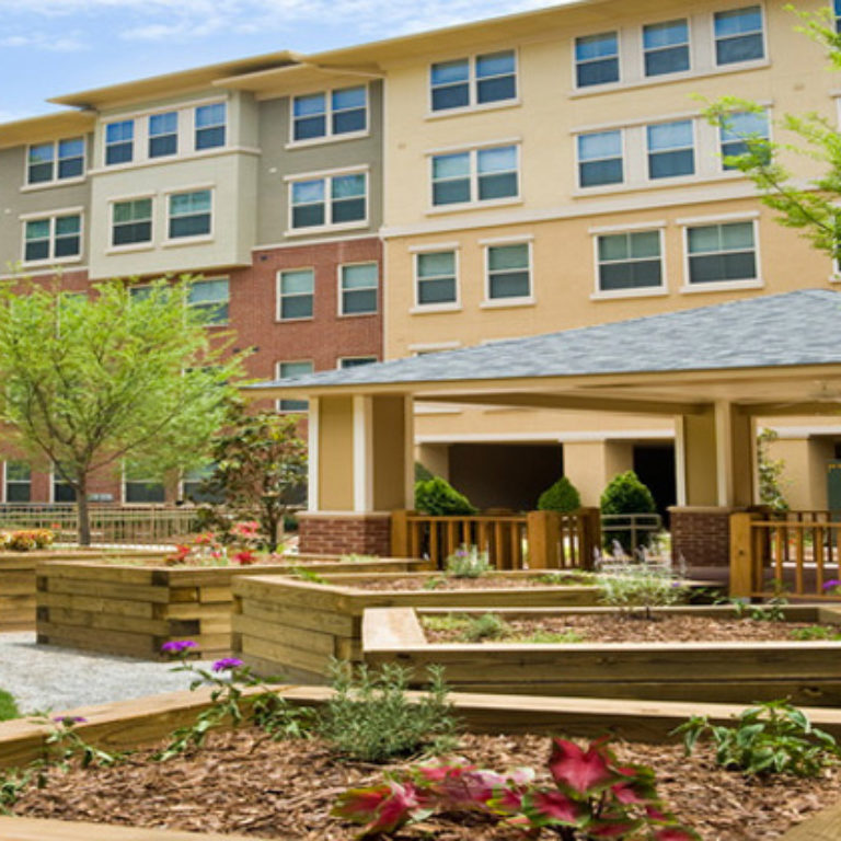 Courtyard at Candler Forrest Apartments - Apartments in Decatur, GA