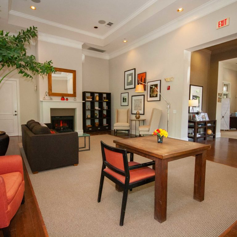 Apartment Leasing Office: Constitution Apartments In Atlanta GA