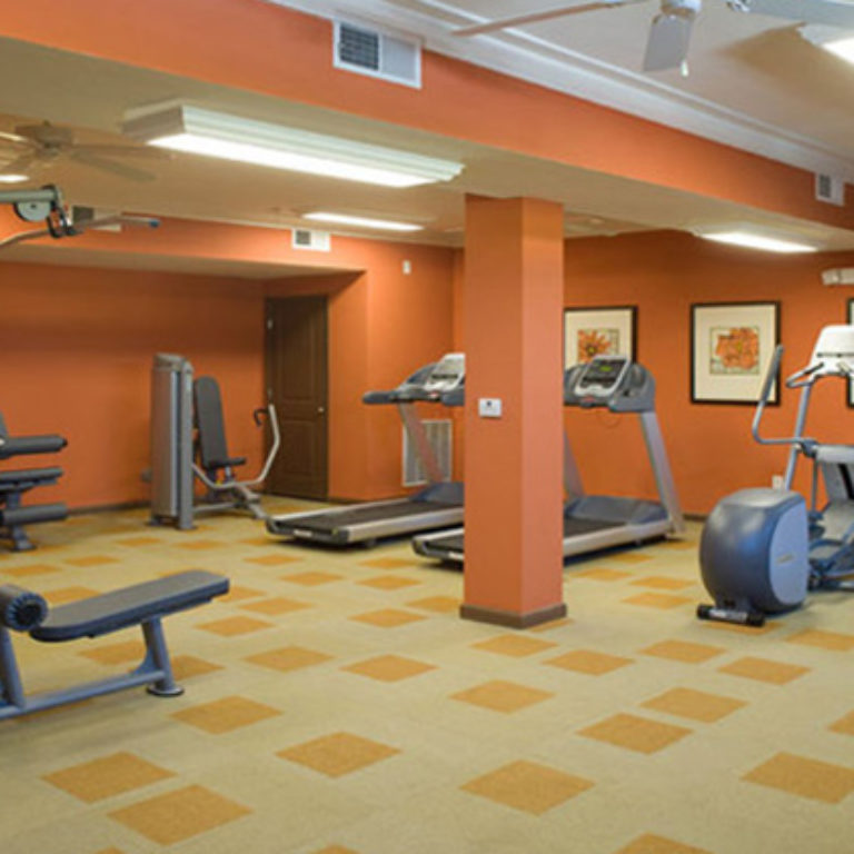 Fitness Center at Columbia Mechanicsville Crossing - Apartments in Atlanta, GA