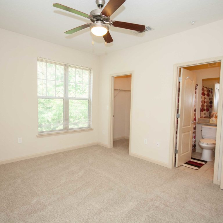 Master suite at Columbia at South River Gardens - Apartments in Atlanta, GA
