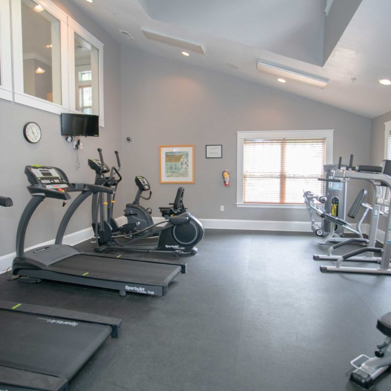 Fitness center at Columbia CitiHomes - Apartments in Atlanta, GA