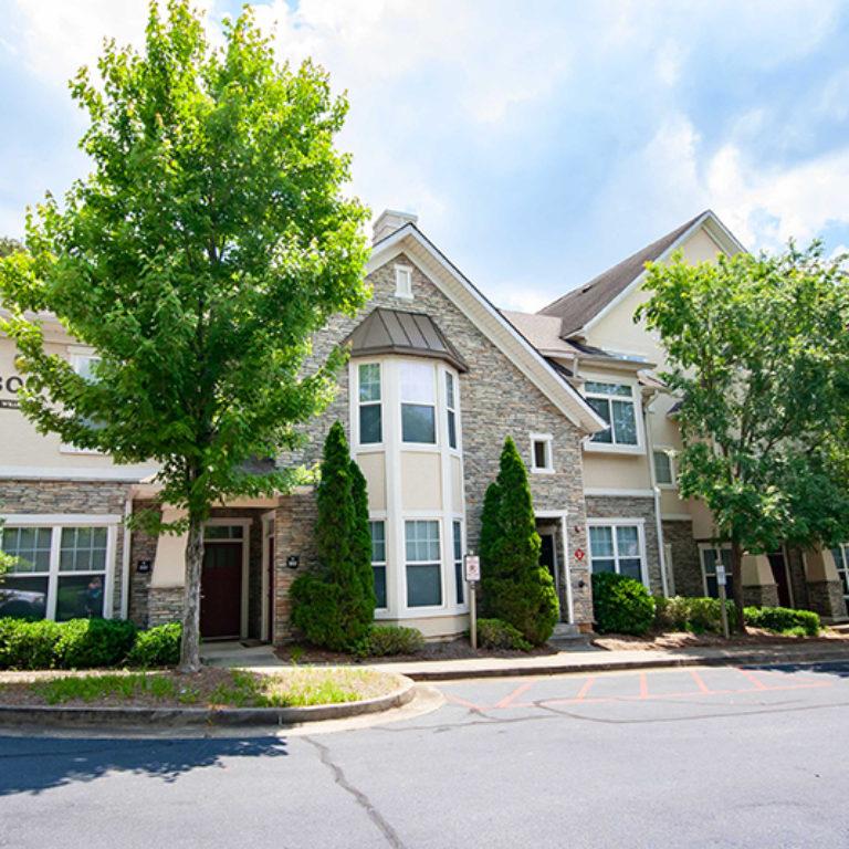 Residences at Columbia Estates Community - Apartments in West Midtown Atlanta, GA