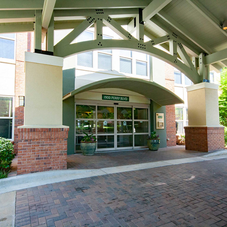 Main entrance at Columbia Heritage Senior Residences - Apartments in Atlanta, GA