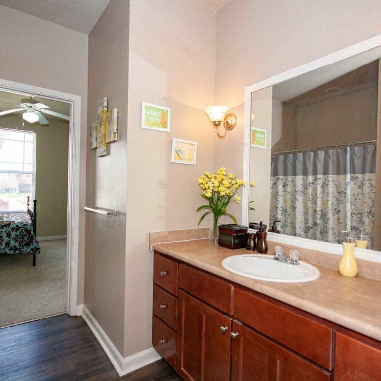Master suite at Columbia Park Citi - Apartments in West Midtown Atlanta, GA