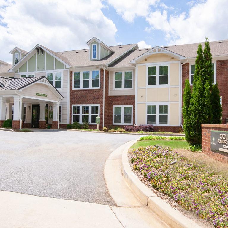 Columbia Senior Residences at Forrest Hills Community - Senior Apartments at Decatur, GA