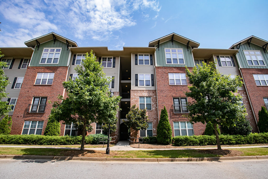Columbia at Sylvan Hills | Apartments in Atlanta | Columbia