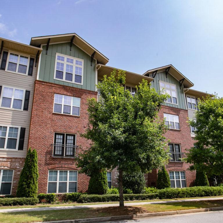 Apartment building at Columbia Sylvan Hills - Apartments in Atlanta, GA