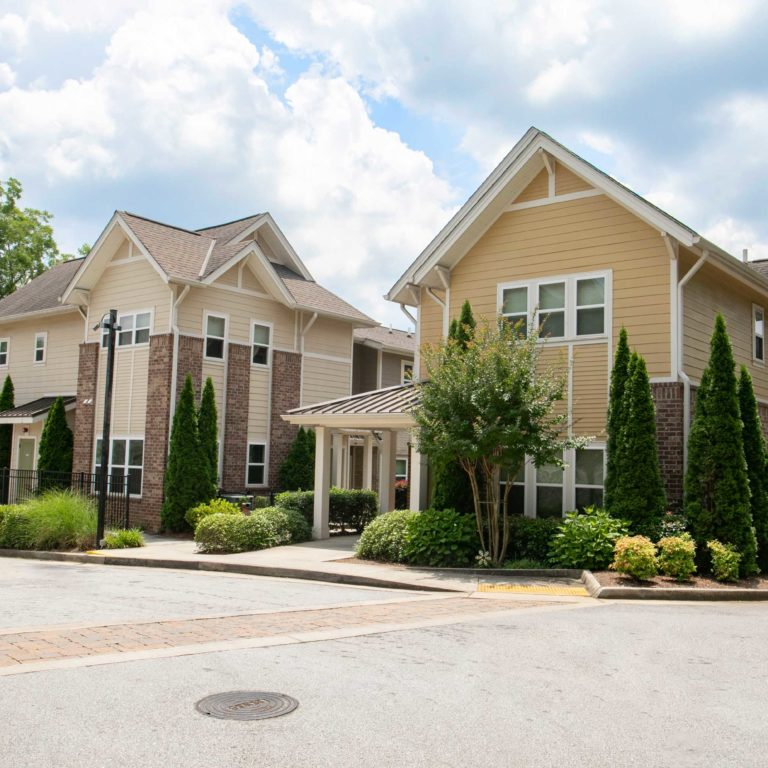 Community view of The Retreat at Edgewood Townhomes - Apartments in Atlanta, GA